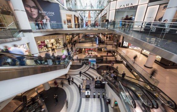 Centros comerciales y tiendas